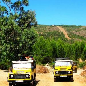Famtour Jeep Safari Tour